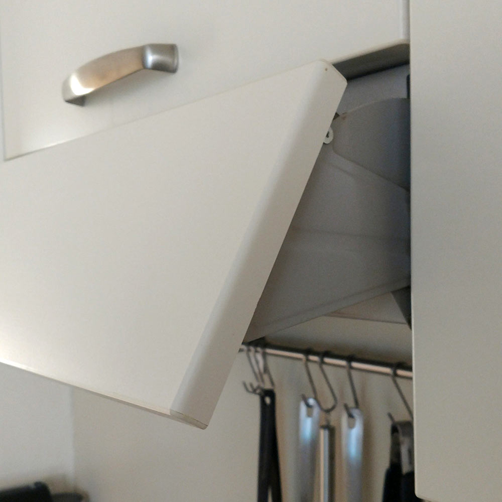 gas range with a clever fold out hood